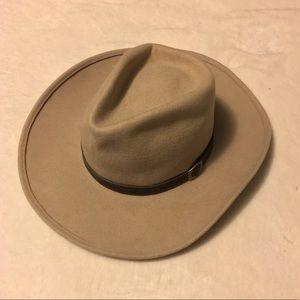 Tan Cowboy Hat 🤠